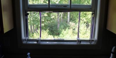 Screen Fitting in 35in window sill